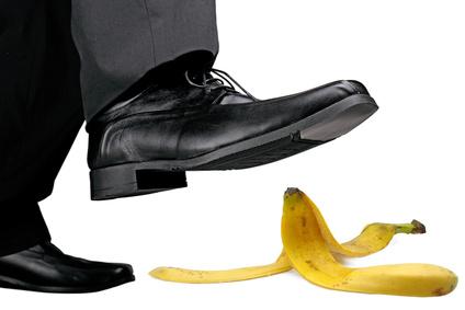 Bananenschale unterm Schuh